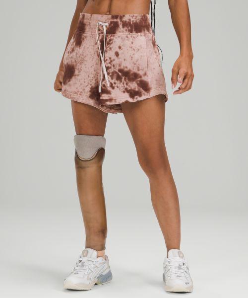 Inner Glow 女士运动短裤 *Marble Dye