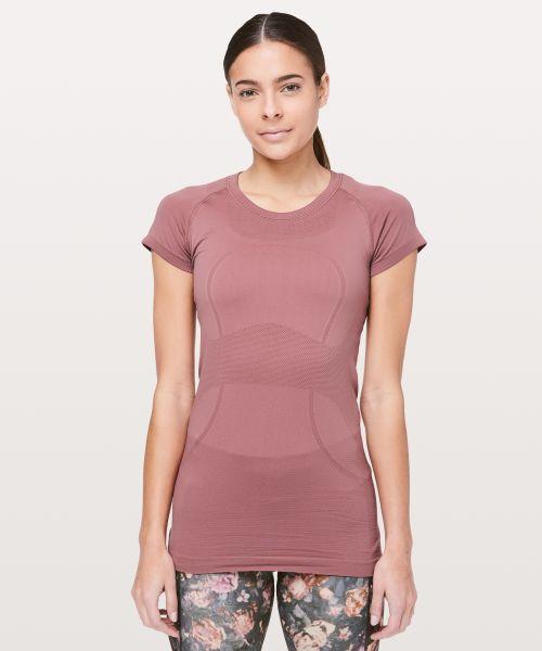 Swiftly Tech 女士短袖圆领 T 恤