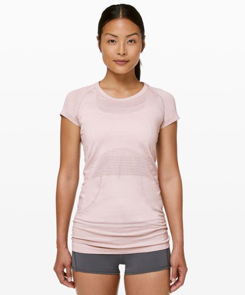 Swiftly Tech 女士运动短袖圆领 T 恤