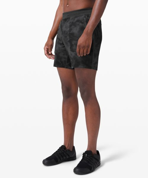 Textured Tech 男士运动短裤