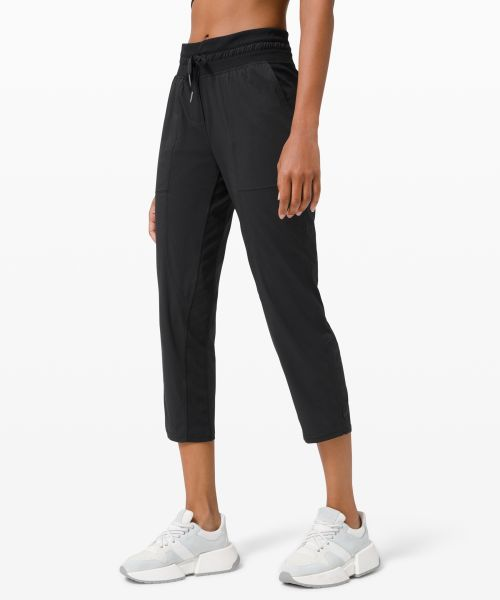 Dance Studio 女士运动中腰中长裤