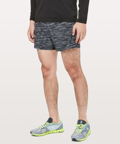 Surge 男士运动短裤 4