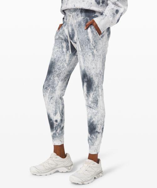 Warm Down 女士运动裤 *Marble Dye